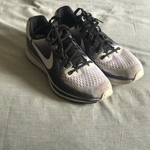 Nike Air Zoom Pegasus 34 LE Women's Running Shoe